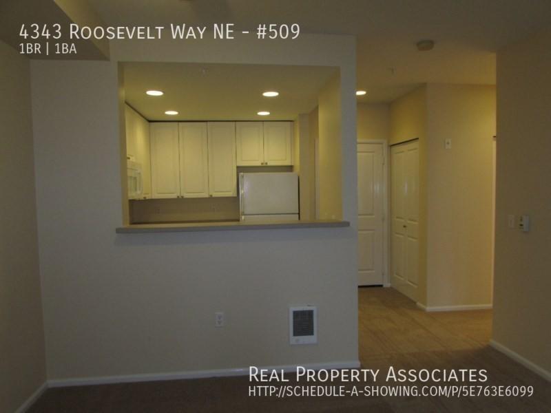 4343 Roosevelt Way NE, #509, Seattle WA 98115 - Photo 4