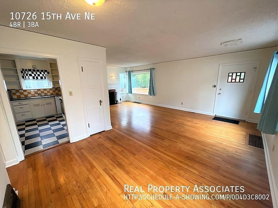 10726 15th Ave Ne, Seattle WA 98125 - Photo 8
