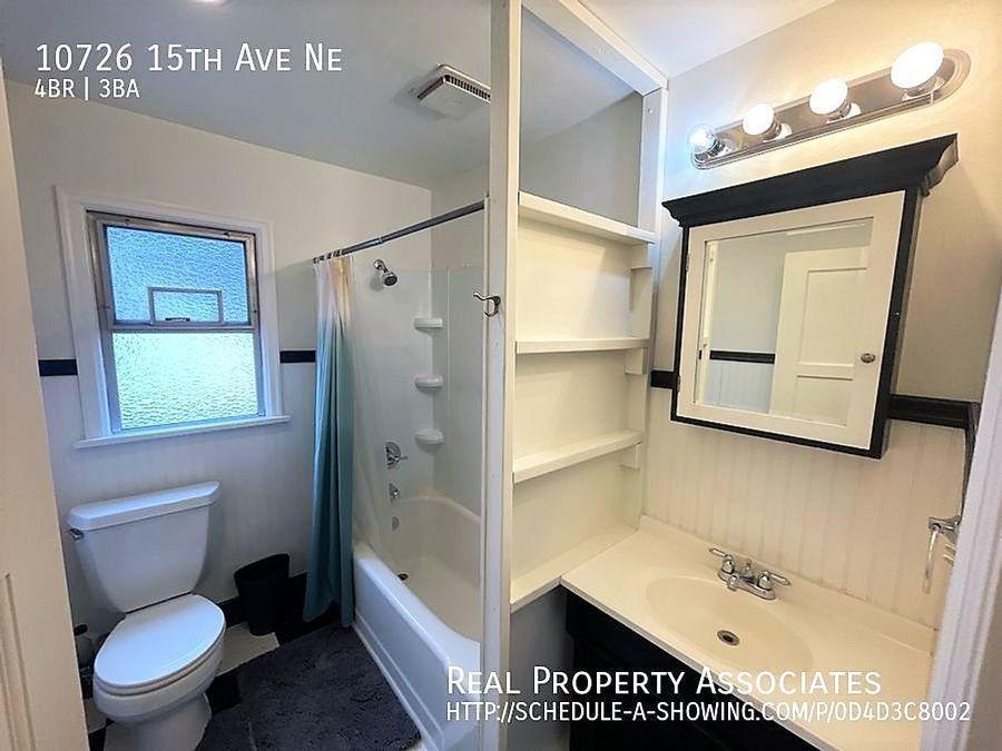 10726 15th Ave Ne, Seattle WA 98125 - Photo 13