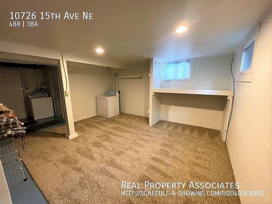 10726 15th Ave Ne, Seattle WA 98125 - Photo 18