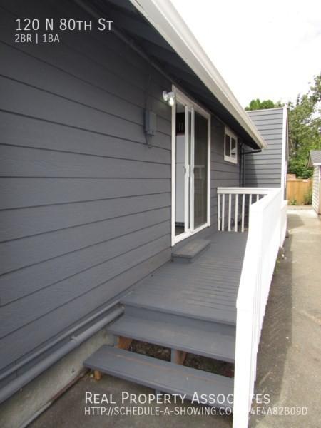120 N 80th St, Seattle WA 98103 - Photo 4