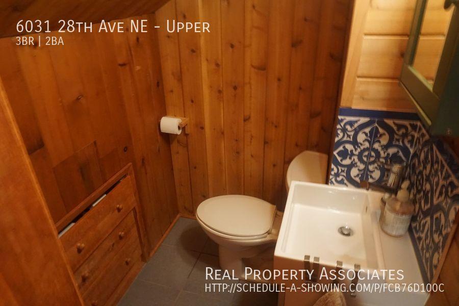 6031 28th Ave NE, Upper, Seattle WA 98115 - Photo 27