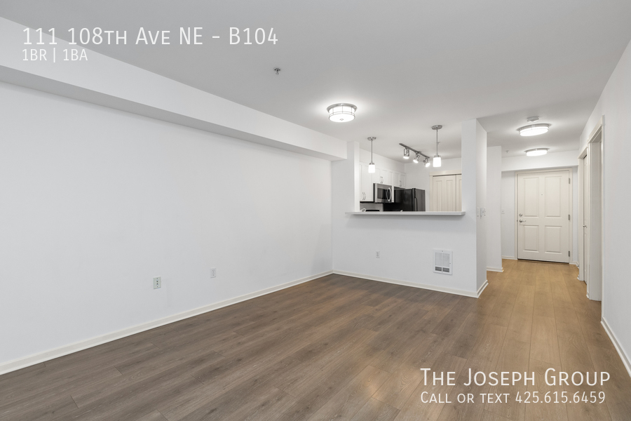 Beautiful courtyard condo nestled in the heart of downtown Bellevue! - Photo 5