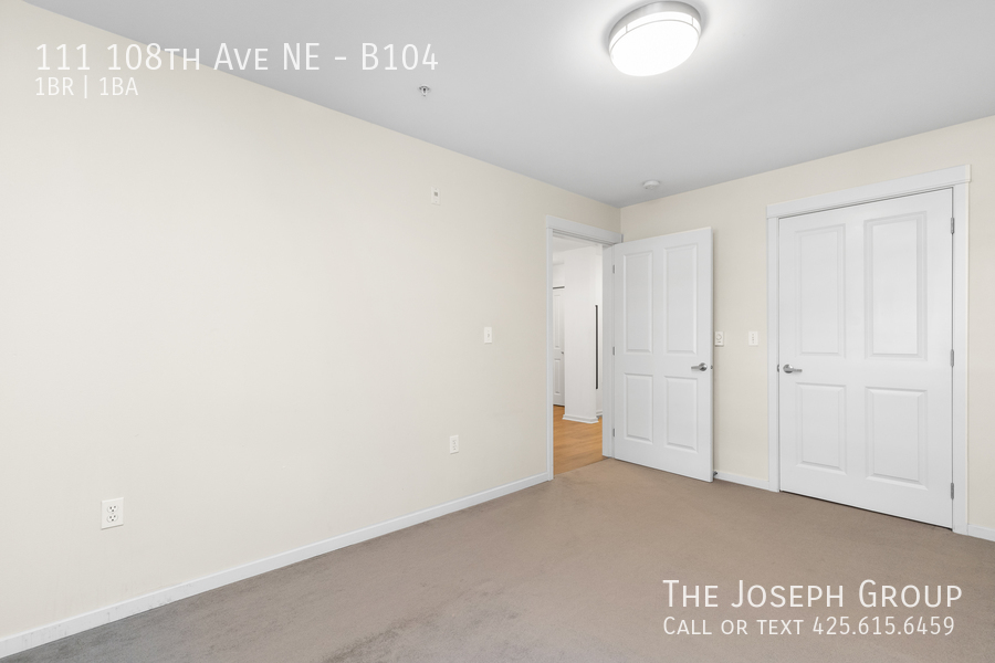 Beautiful courtyard condo nestled in the heart of downtown Bellevue! - Photo 13