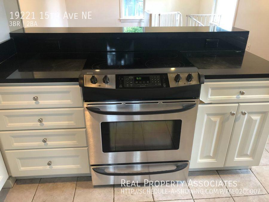 19221 15th Ave NE, Shoreline WA 98155 - Photo 4
