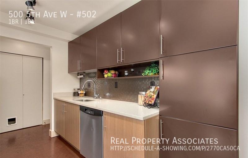 500 5th Ave W, #502, Seattle WA 98119 - Photo 4