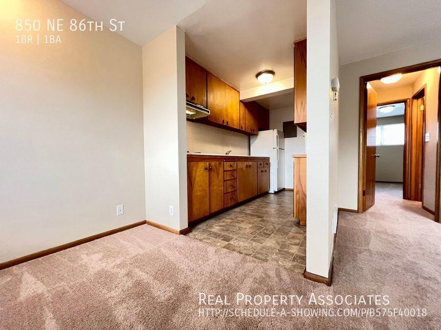 850 NE 86th St,  WA 98115 - Photo 9