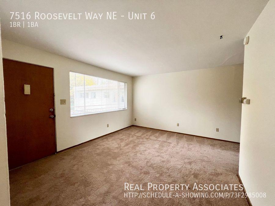 7516 Roosevelt Way NE, Unit 6,  WA 98115 - Photo 3