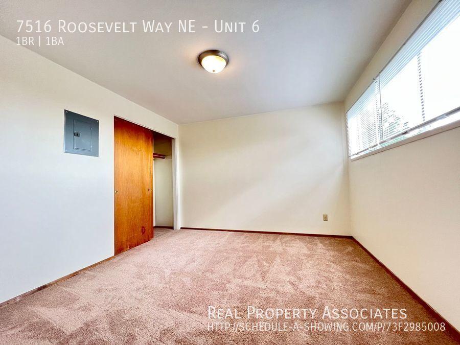 7516 Roosevelt Way NE, Unit 6,  WA 98115 - Photo 4