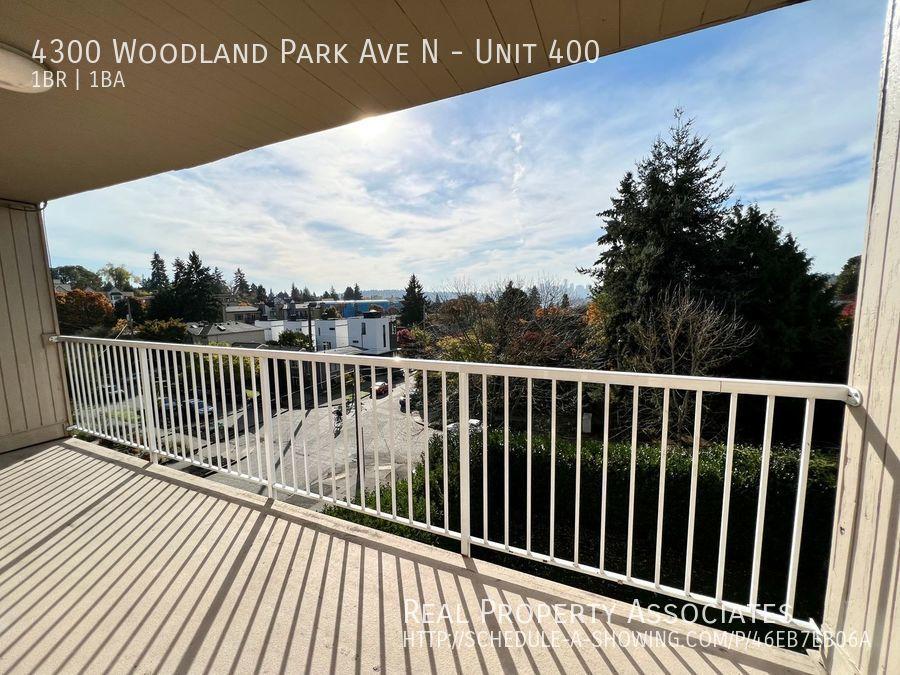 4300 Woodland Park Ave N, Unit 400, Seattle WA 98103 Photo