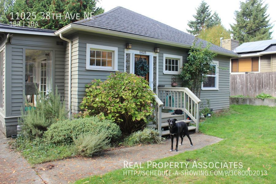 11025 38th Ave NE, Seattle WA 98125 Photo