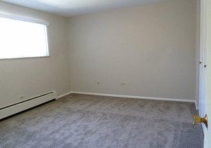 Wh_theflorentine_unit303_bedroom1