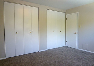 Wh_theflorentine_unit303_bedroom2