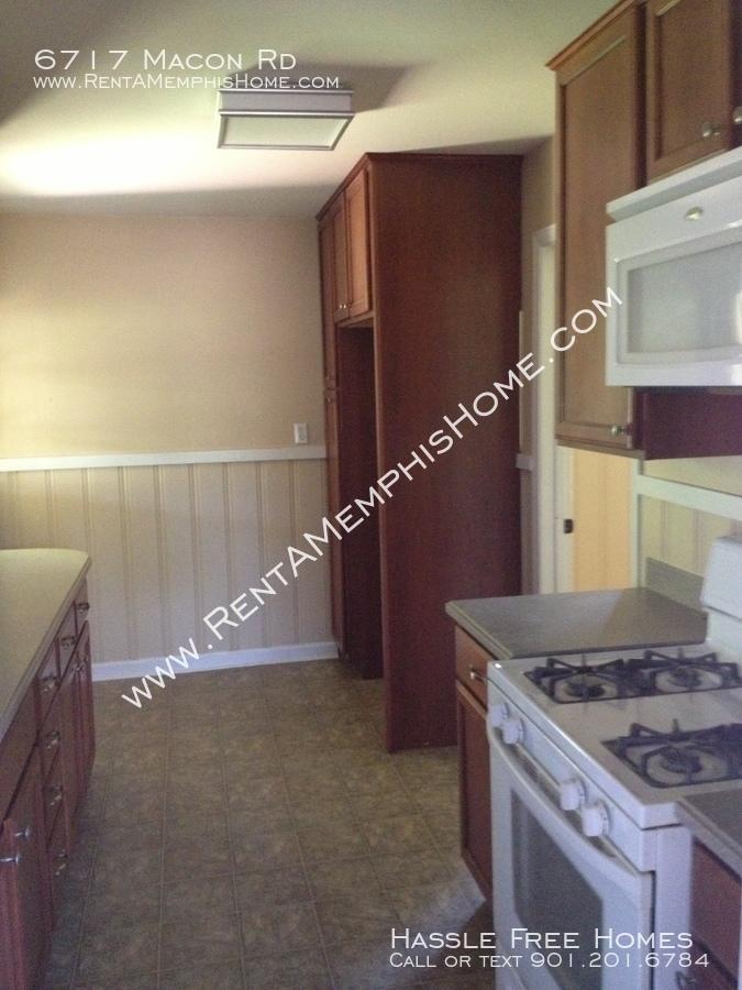 6717_macon_-_kitchen_1