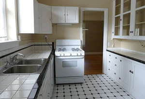Ba_bentley_kitchen1_800x550