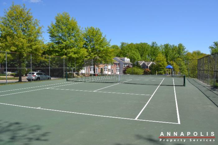 2011-gov-thomas-baden-way-301-id230-tennis-court-b