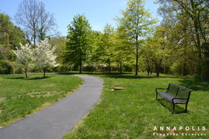 2011-gov-thomas-baden-way-301-id230-walking-trail