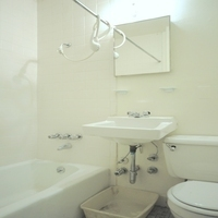 77669_bath