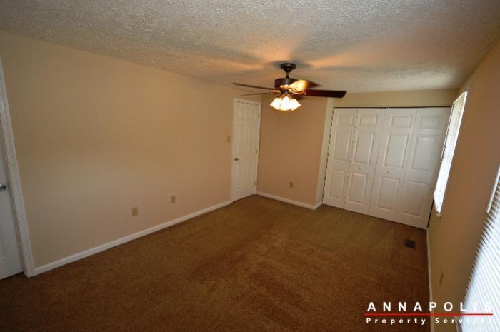 483-ruffian-court-id736-bedroom-1d