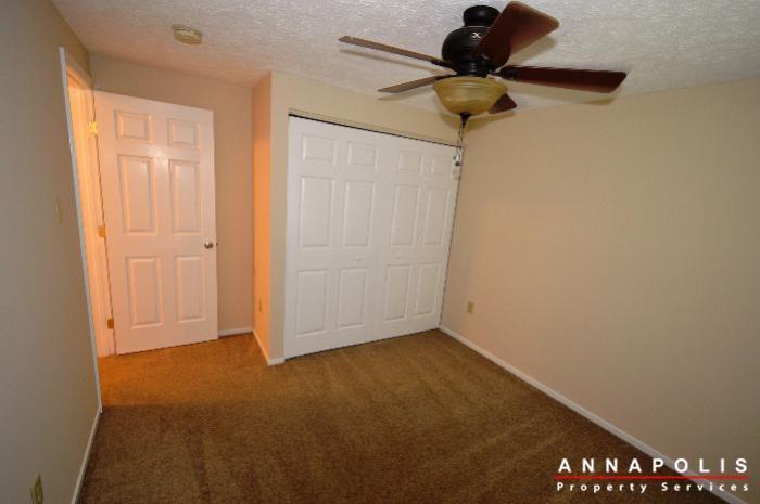 483-ruffian-court-id736-bedroom-2b