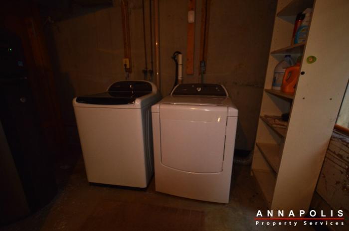 483-ruffian-court-id736-washer-and-dryer