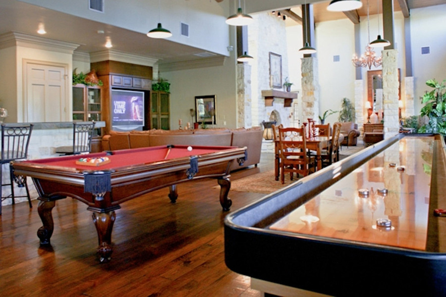Large huge game room san marcos apartments tx