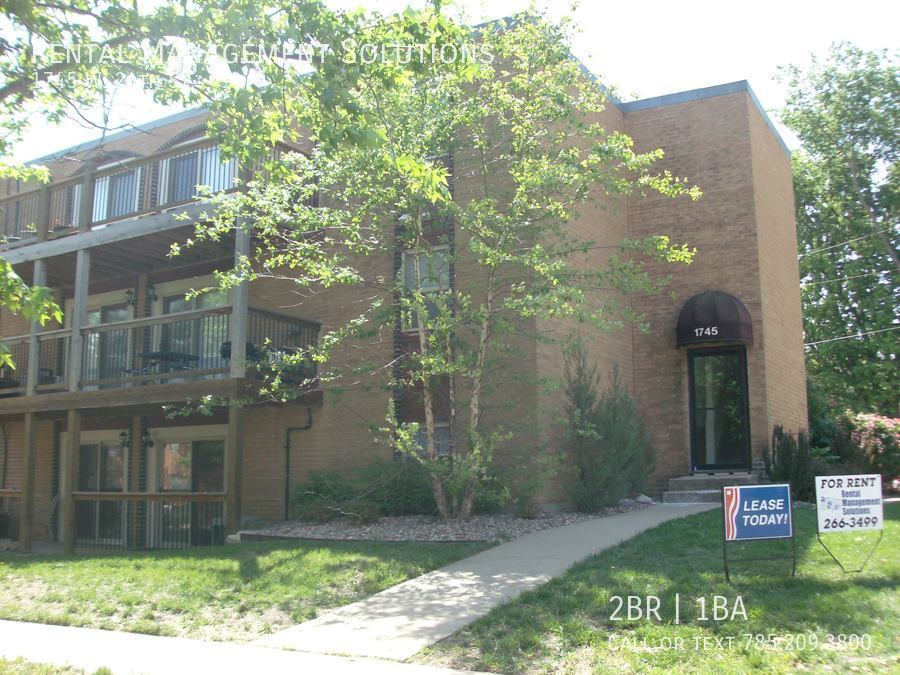 Apartment for Rent in Lawrence