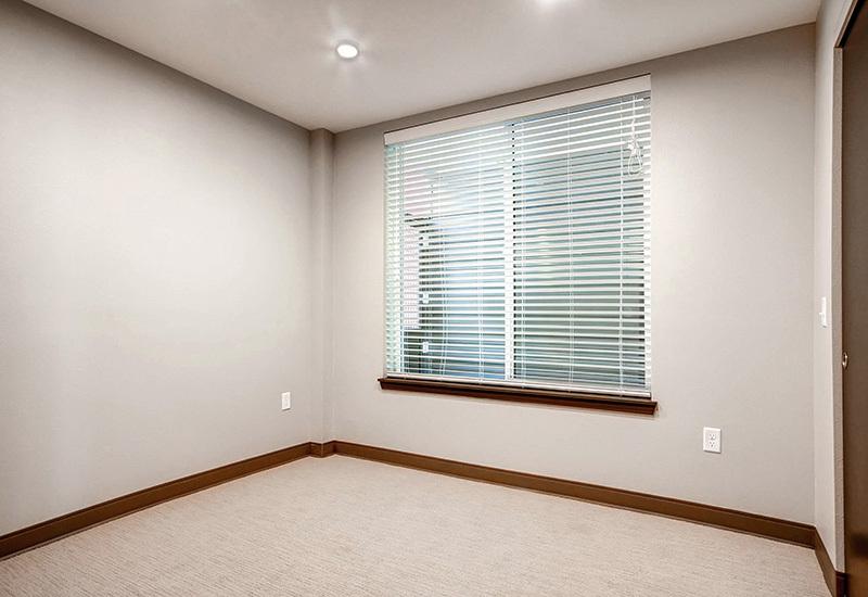 Ba detroitterraces unit103 bedroom1 800x550