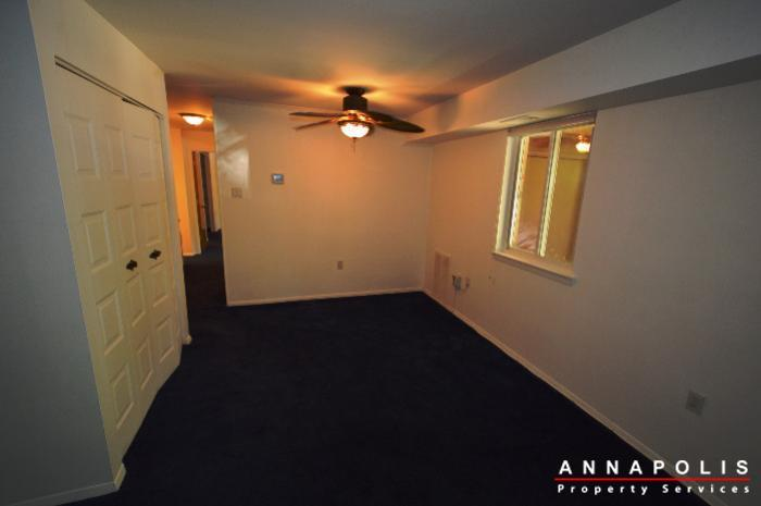 206-victor-parkway--e-id650-dining-a
