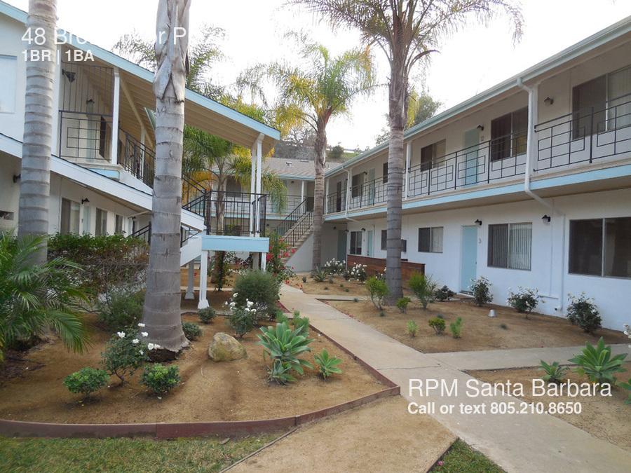 Upper State 1 Bedroom Rental At 48 Broadmoor Plaza Santa Barbara Ca 93105 Unit 12 1950