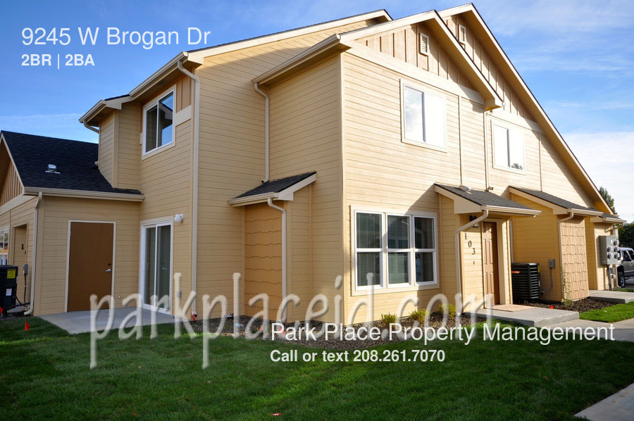 9245 W Brogan Dr, Boise, ID 83709