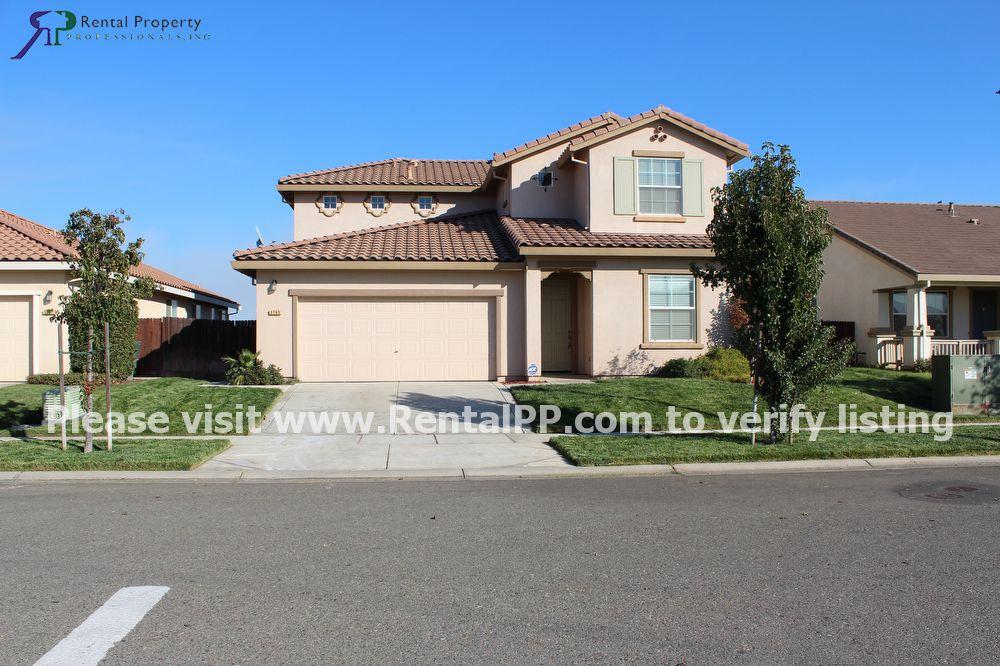 3795 Arcano Ave, Plumas Lake, CA 95961