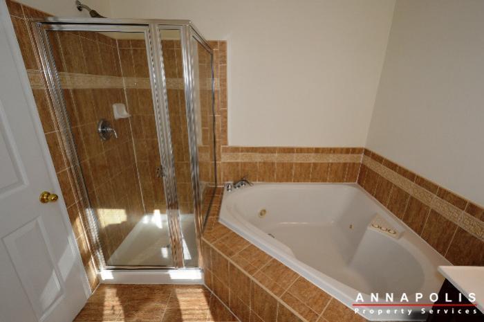 2123-hideaway-court-id773-master-bath-b