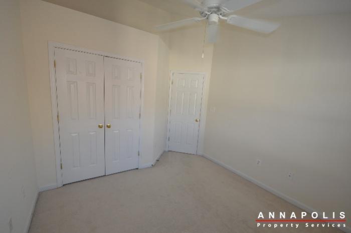2123-hideaway-court-id773-bedroom-2b