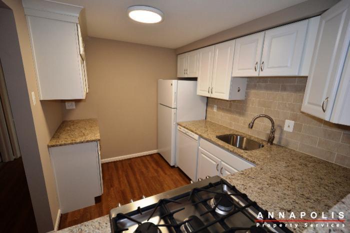 2572-riva-rd-16b-id775-kitchen-c