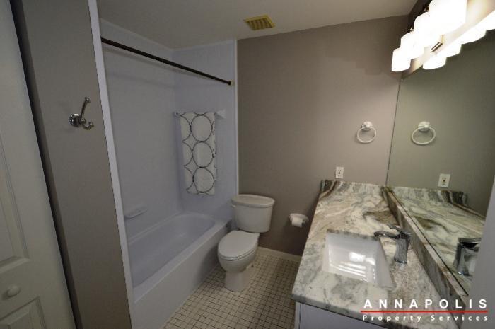 2572-riva-rd-16b-id775-bathroom-a
