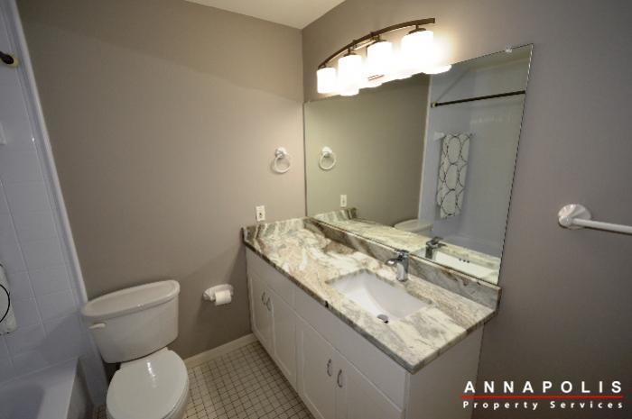 2572-riva-rd-16b-id775-bathroom-c
