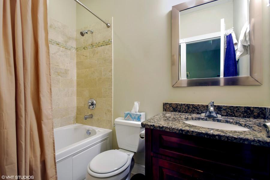 09 6300nrockwell unitadx60659 13 masterbathroom hires