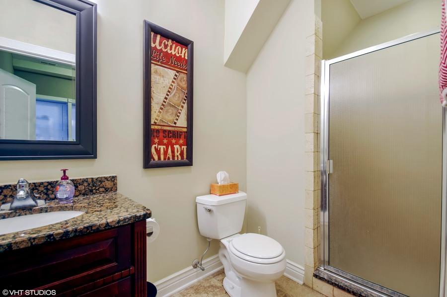 12 6300nrockwell unitadx60659 9 2ndbathroom hires
