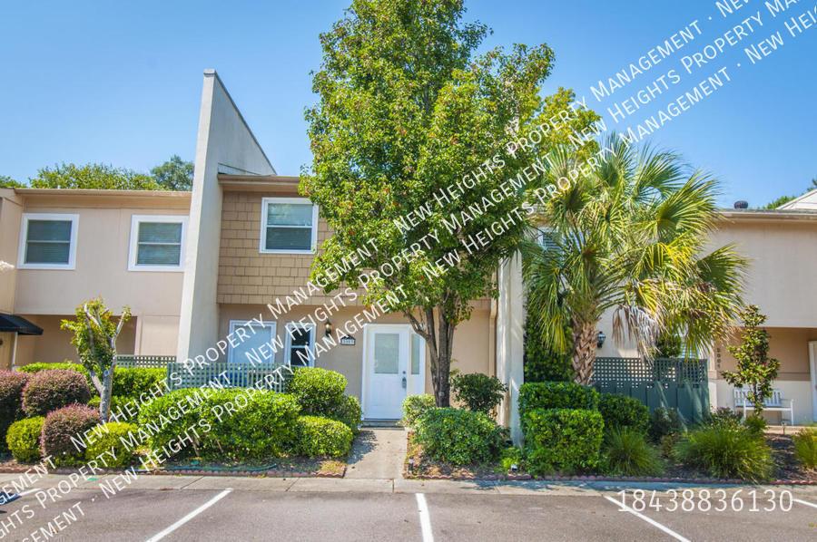 Condo for Rent in Mount Pleasant