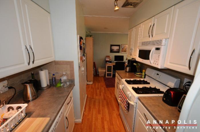 3-silverwood-circle-7-id780-kitchen-dn