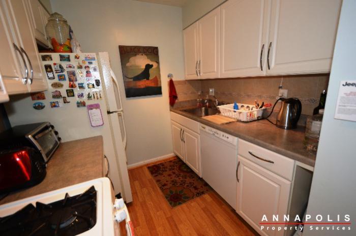 3-silverwood-circle-7-id780-kitchen-c