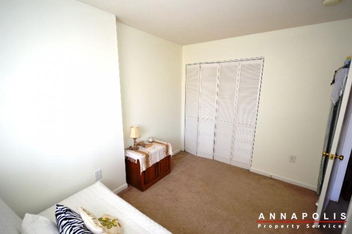 3-silverwood-circle-7-id780-bedroom-2dn