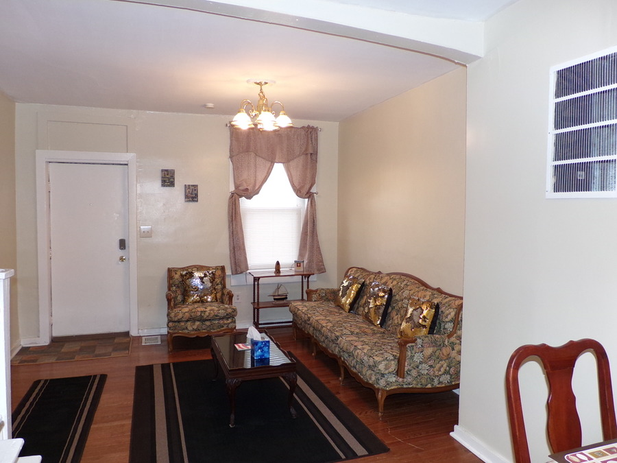 10_furnished_house_in_easton_pa