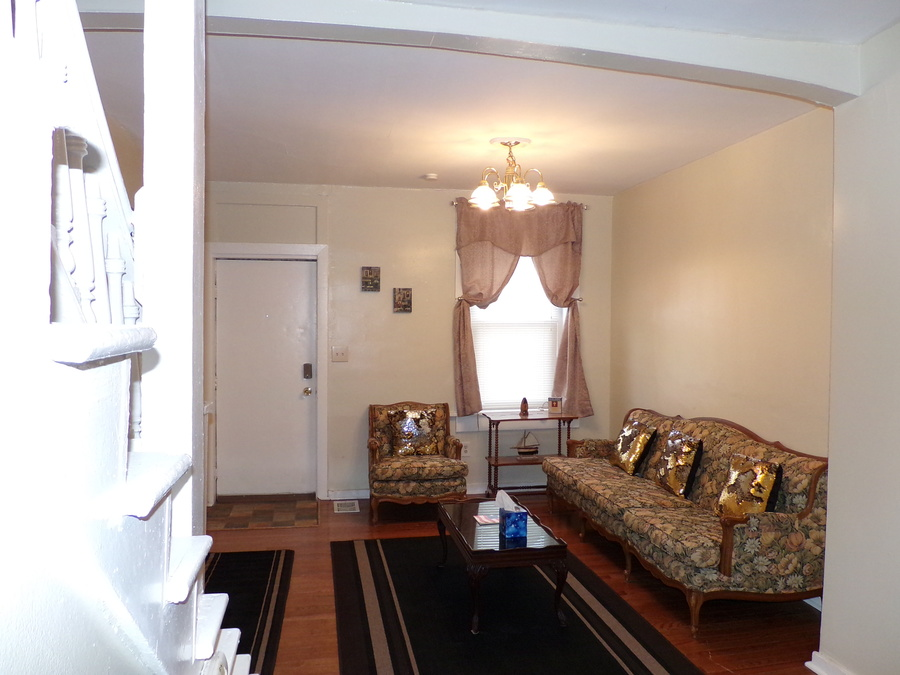 14_furnished_house_in_easton_pa
