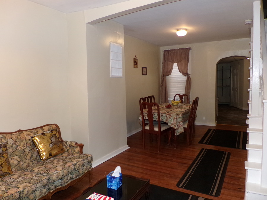 23_furnished_house_in_easton_pa_(40)