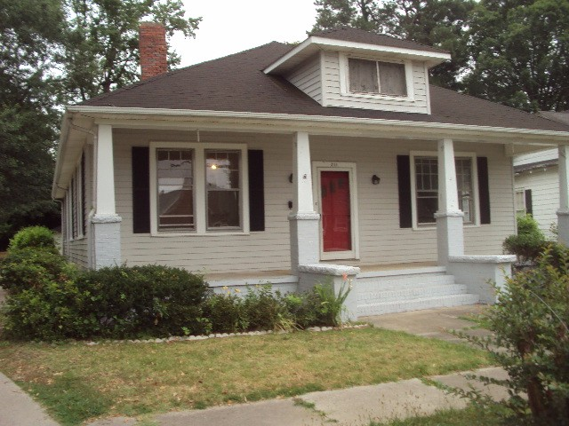 $980 per month , 211 Leak Avenue,