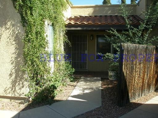 Townhouse for Rent in Tucson