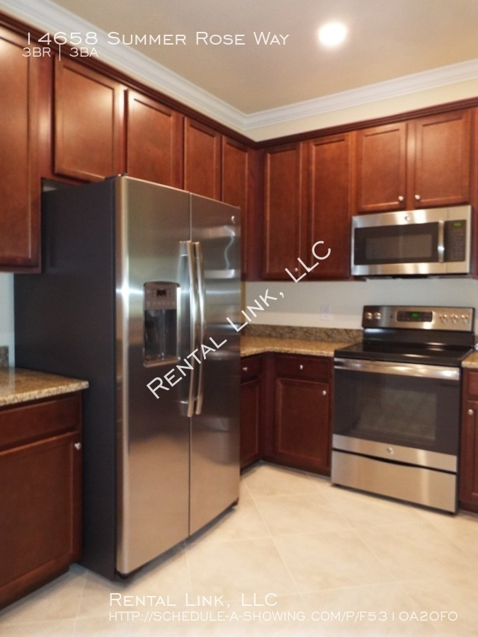 Summerlin_place-14658_%286%29