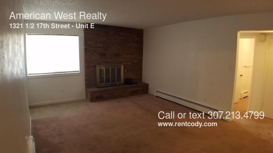 $950 per month  Unit E 1321 1/2 17th Street